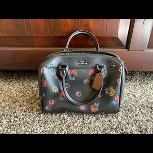 BRAND NEW coach handbag 🤩